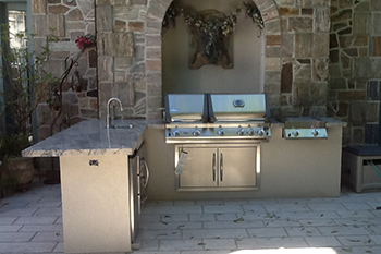 avalon landscaping outdoor kitchens